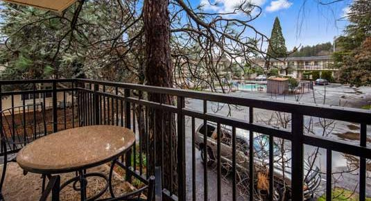 Grass Valley CA Hotel balcony with parking view